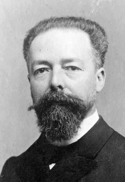 Русский поэт стал убийцей президента Франции.