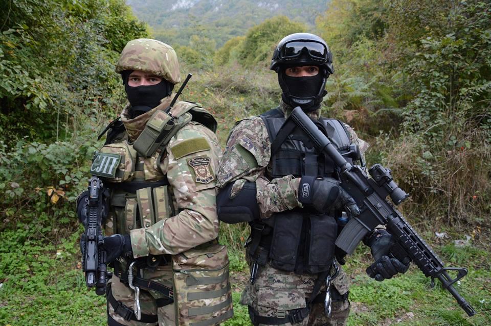 Armée Serbe / Vojska Srbije / Serbian Armed Forces - Page 3 R5fHRNhBdgk