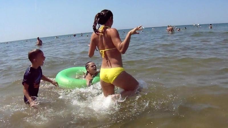 Пляж Джемете, плескаемся.