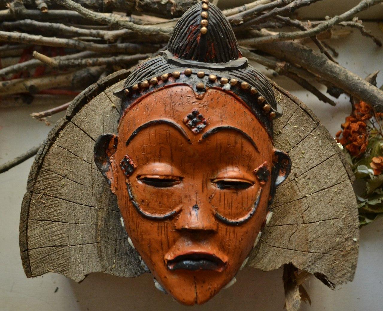 описаниемасок - Настенные маски с магическими программами.  Tx3qCSxS00Q