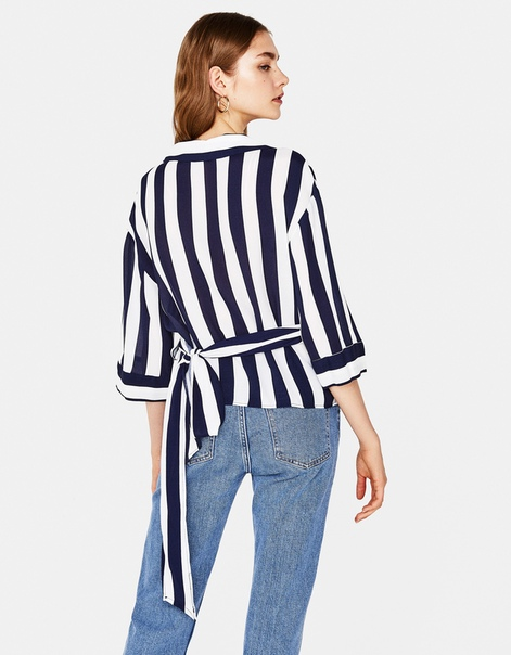 Рубашка в полоску с поясом