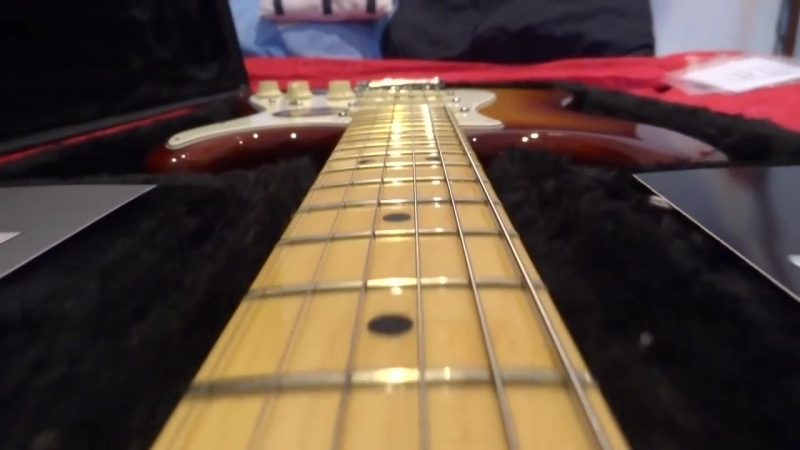 Unboxing Stratocaster Sienna sunburst (American standard)