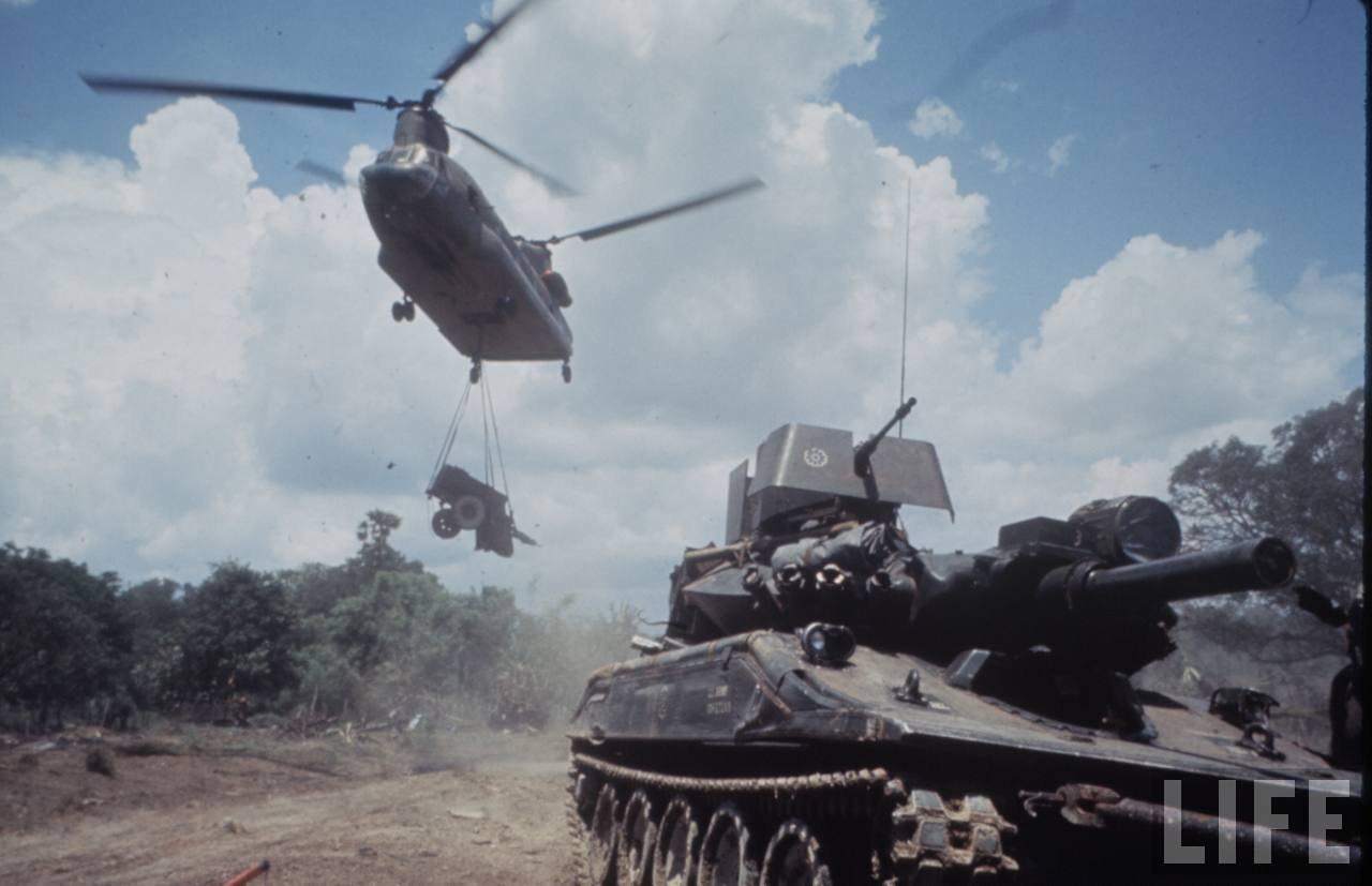 guerre du vietnam - Page 2 UWVdf0UGjbc