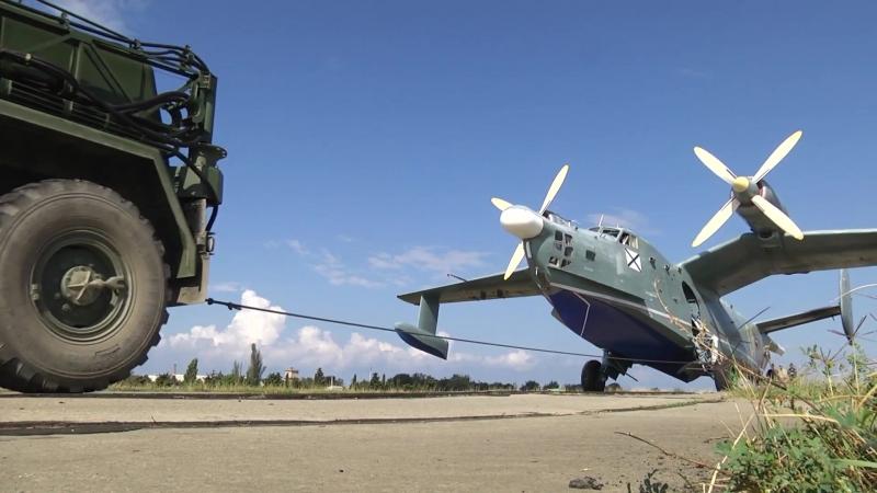 Взлёт Бе-12 «Чайка» с Качинского аэродрома в Севастополе.