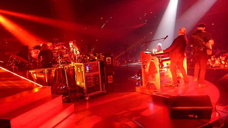 Queen Adam Lambert - Tie your Mother down - live On Stage - MGM Park Theater Las Vegas