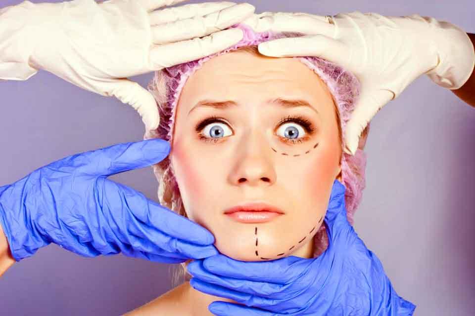 Какова связь между пластической хирургией и самооценкой?