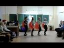 Индийский танец. Выступление на классном вечере