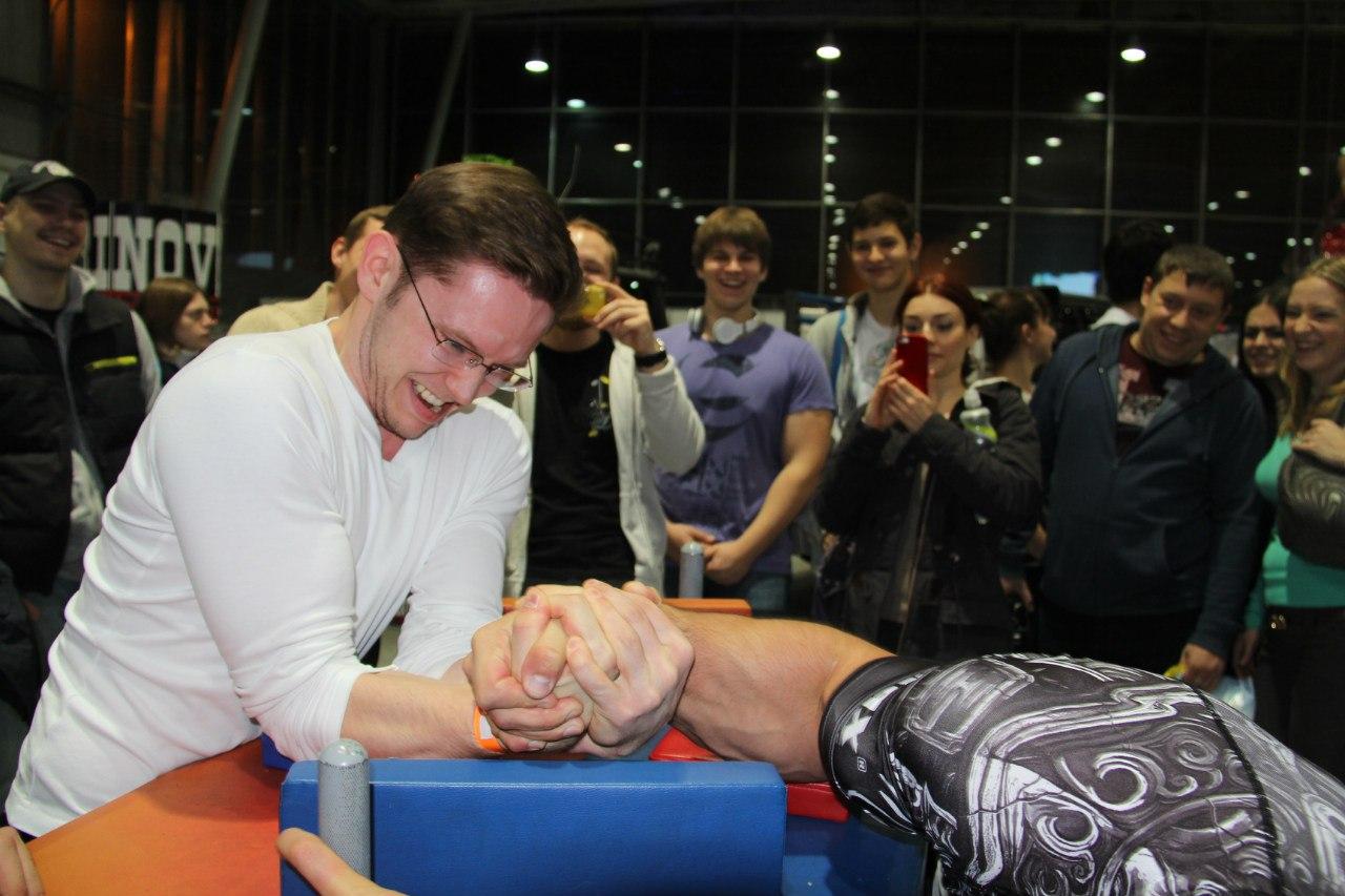 Khadzimurat Zoloev - FitMax Armwrestling Seminar at SN PRO EXPO FORUM 2014 │ Photo Source: Yulia Khozyainova