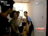 Wife with reporters catches husband in bed with girl friend - World News Online (28 JUNE 2013)