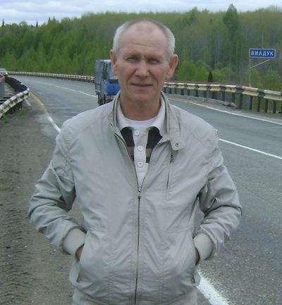 Николай Залесов, 11 апреля , Ленинск-Кузнецкий, id212595351