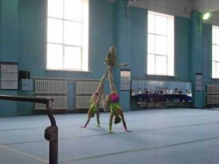 Спортивная акробатика тройка Павлодар ( Алмагуль,Анна, Полина)