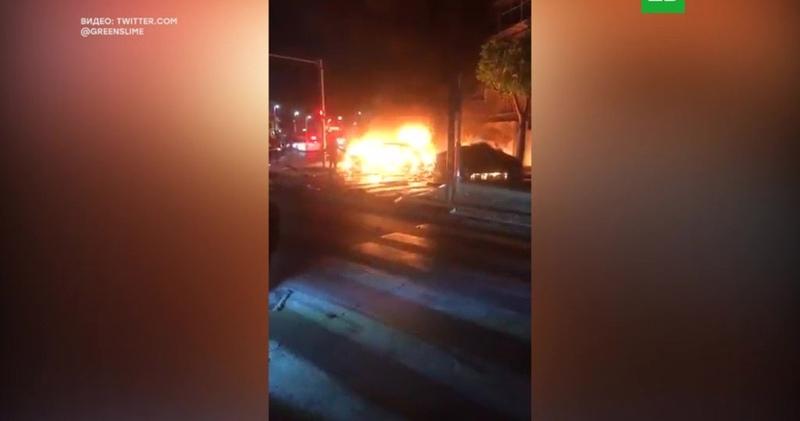 Двое погибли при взрыве авто в Тель Авиве