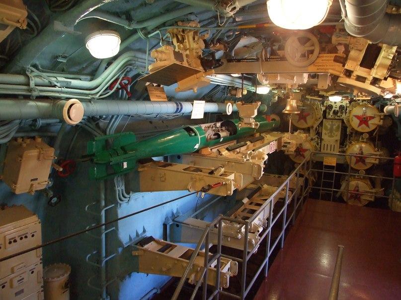 по контракту на подводную лодку в мурманске