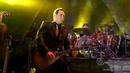 Роберт Плант и Джимми Пейдж слушают свою песню ,,Лестница в небо,,