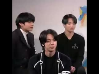Jungkook said come to my side while touching taehyungs thigh .mp4