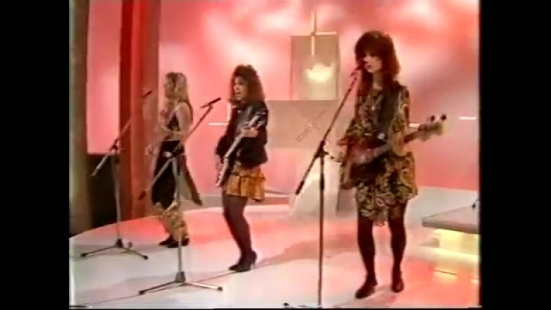The Bangles Manic Monday BBC Wogan Show