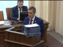Кипа подписей против повышения пенсионного возраста