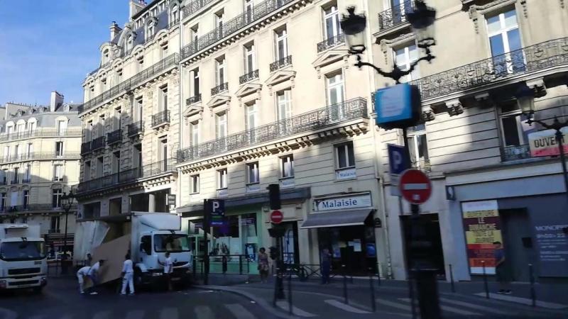 Париж из автобуса