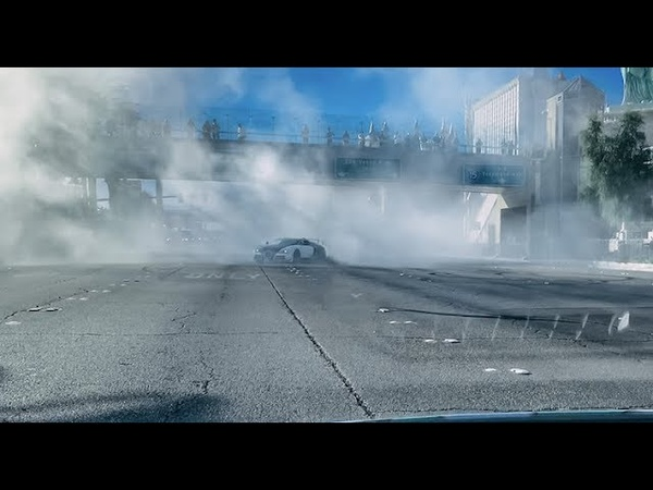 Bugatti Veyron Linea Vivere by Mansory does Donuts on Las Vegas BLVD