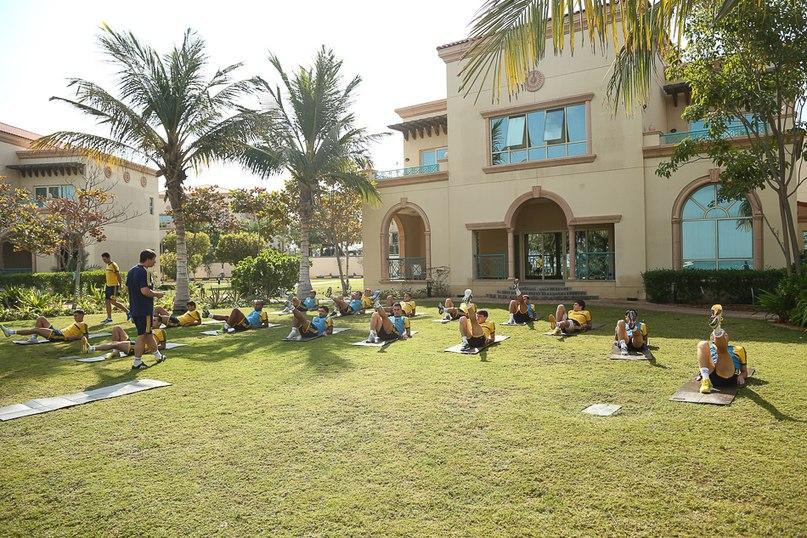 """""""Металлист"""" в ОАЭ. День 3. Утренняя тренировка (Фото) - изображение 2"""