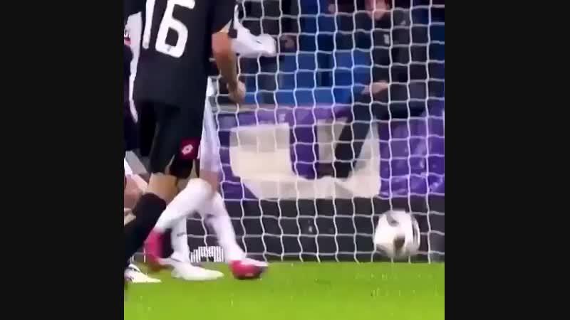 Ronaldo horror fouls _sob_ Follow @ronaldohdr for more _white_check_mark_ ( 640 X 640 ).mp4