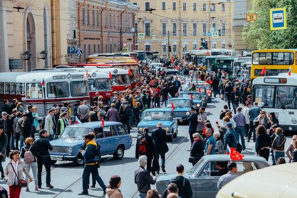 Дорогие друзья!  26 мая состоится IV Петербургский парад ретро-транспорта.  Подготовка к главному событию ретро-сезона идёт полным ходом! А в нашем бортжурнале на Drive2 - подробности этого грандиозного праздника.