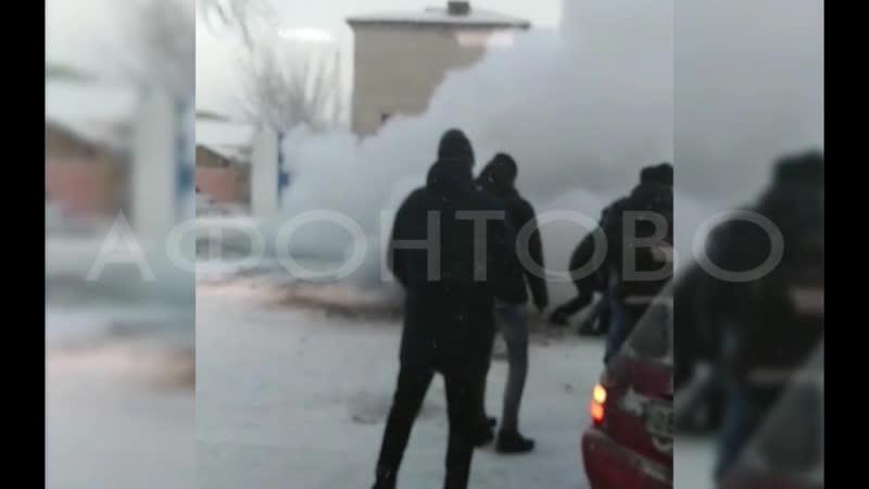 Коммунальщики выясняют причины аварии в Свердловском районе