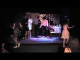 Финальный танец. Выпускной показ группы