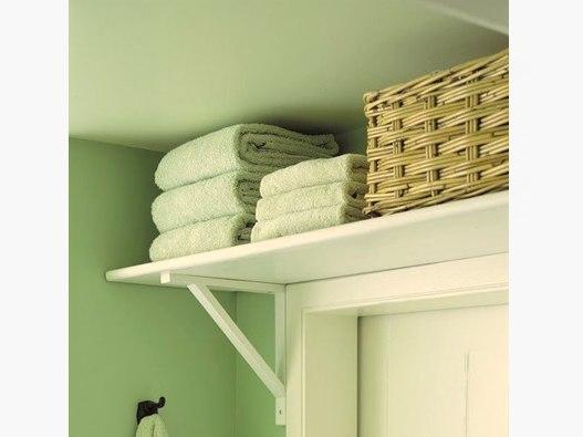 Если в ванной нет места: 15 идей компактного хранения Маленькая ванная не оправдывает большой беспорядок. Средства гигиены, фен и полотенца не должны захламлять ваш интерьер. Наведите порядок раз и навсегда – а мы подскажем, с чего начать