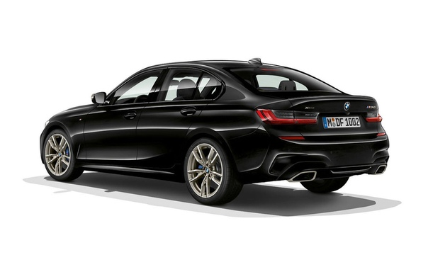 BMW рассекретила самый мощный вариант 3-й серии нового поколения. BMW опубликовала первые данные о седане M340i нового поколения до его официальной премьеры.Новый BMW M340i стал самой мощной