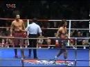 Актёр Мики Рурк в поединке на ринге
