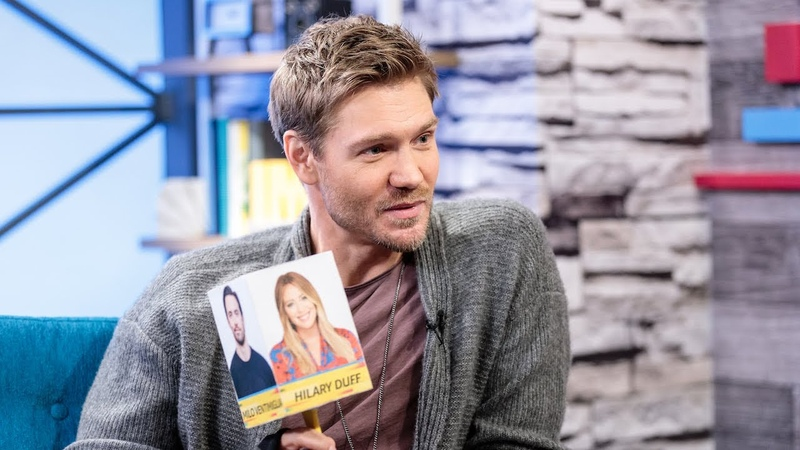 Riverdale Star Chad Michael Murray Plays the Co-star Cube Game