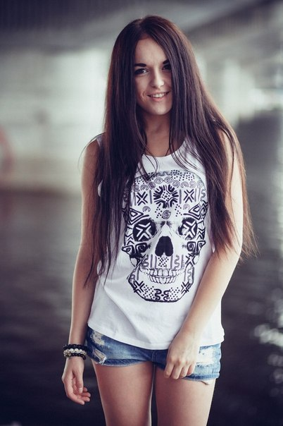 фото девушки на аву 16 лет