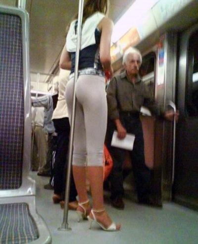Порно трогание в транспорте, порно с сепетой аней