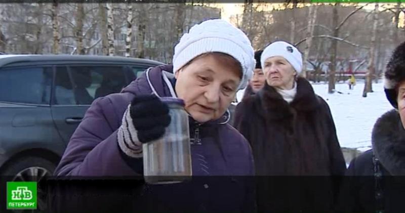 Поселок Новый Свет под Петербургом страдает от воды с невыносимым запахом