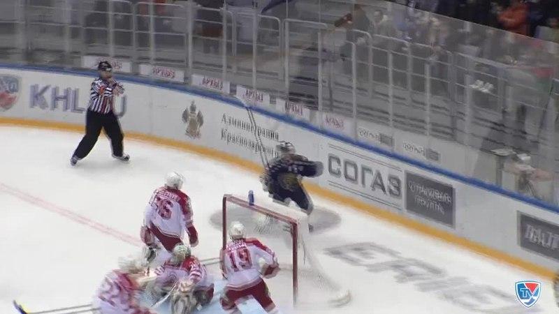 Моменты из матчей КХЛ сезона 14/15 • Гол. 5:2. Макс Вярн (Сочи) поразил ворота гостей 05.01
