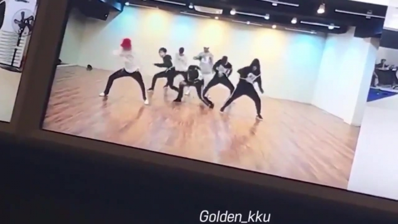 This part is so cool it should be kept in the choreo