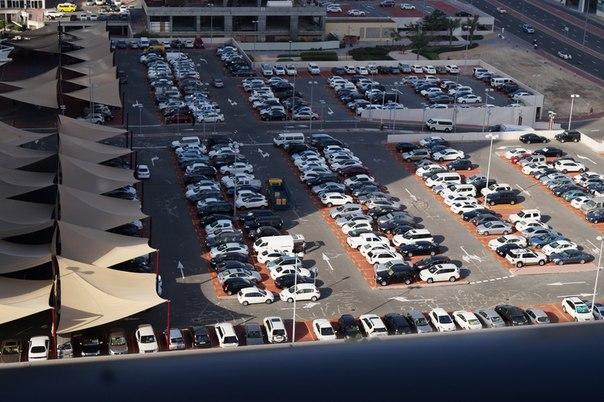 Белые авто в Эмиратах