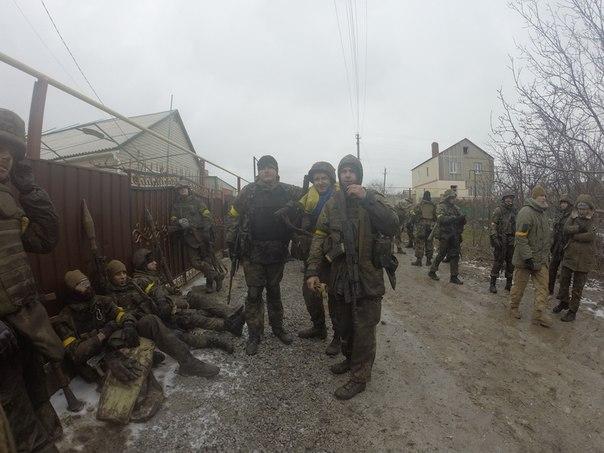 "На подступах к Широкино уничтожено колонну бронетехники боевиков, - ""Азов"" - Цензор.НЕТ 6927"