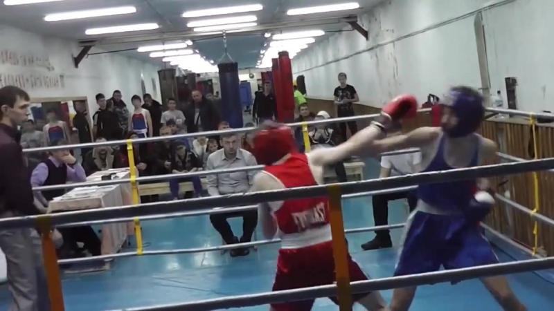 Колмыков Олег — Кобзаренко Евгений