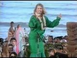 Belinda Carlisle &amp The Beach Boys - Wouldn't It Be Nice + Band of Gold (Live '86)
