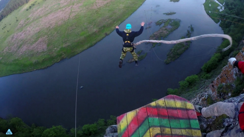 25 - КА2 р. Юрюзань (11-2 июня) No Angels Team/ Прыжки с веревкой на Урале
