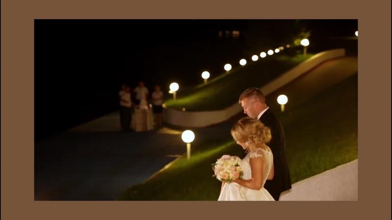 Очаровательная история любви Хотите быть в главной роли заказывайте съемку бракосочетания в нашей студии