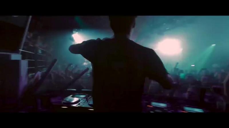 Julian Jordan Alpharock — Zero Gravity