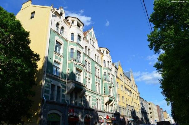 Есть здесь и проспект Ленина, но архитектура не-типичная