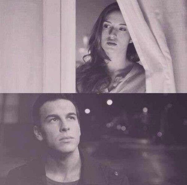 Мы никогда друг друга не забудем, но никогда друг друга не вернем.
