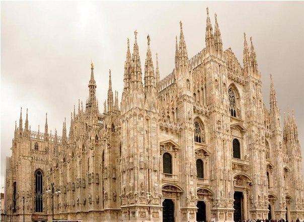Миланский собор Санта-Мария-Нашенте (Duomo)