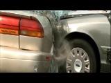 Автомобильная авария (замедленная съемка)