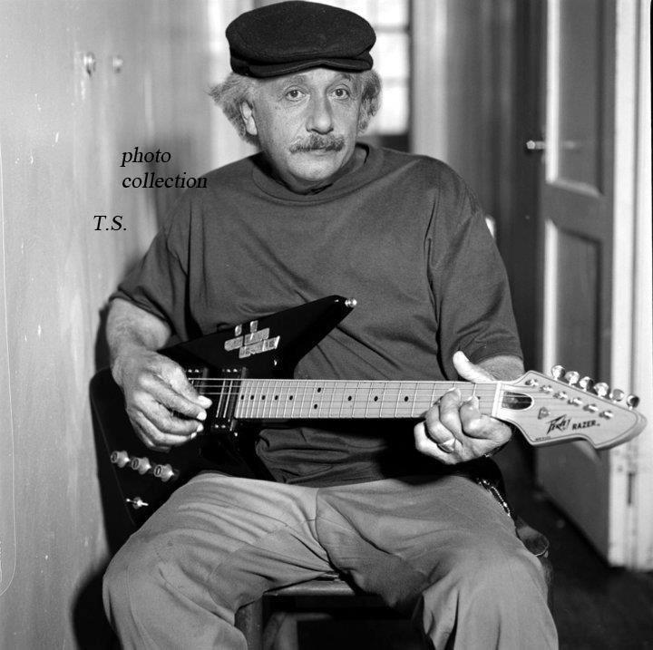 Эйнштейн играет на гитаре в пятницу