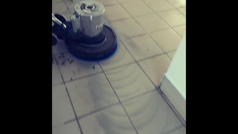 Чистка кафеля. Перинатальный центр Дар